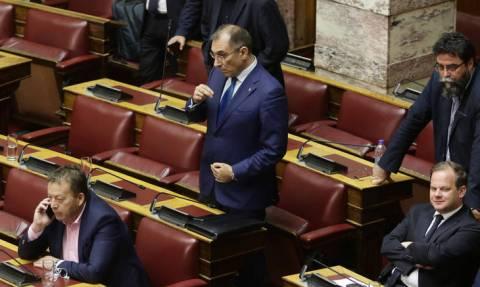 Παραιτήθηκε ο Δημήτρης Καμμένος από αντιπρόεδρος της Βουλής