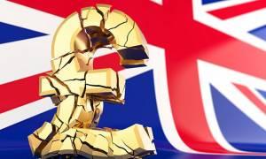 Brexit: «Βουτιά» της στερλίνας μετά την παραίτηση Τζόνσον