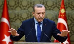 Κατρακυλά η τουρκική λίρα μετά τον διορισμό του γαμπρού του Ερντογάν ως υπουργό Οικονομικών