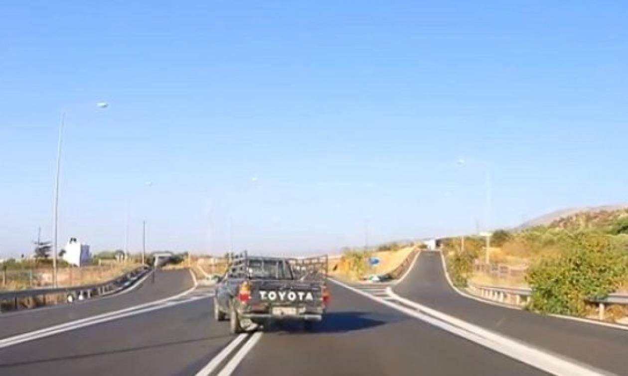 Κρήτη: Κάτι τέτοιοι απαράδεχτοι οδηγοί σκοτώνουν κόσμο στους δρόμους (video)