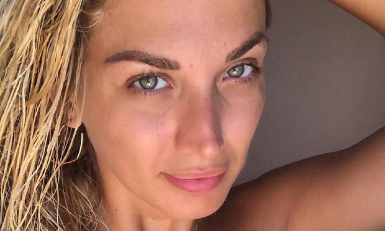 Δες την Κωνσταντίνα Σπυροπούλου πιο μαυρισμένη και πιο αδυνατισμένη από ποτέ