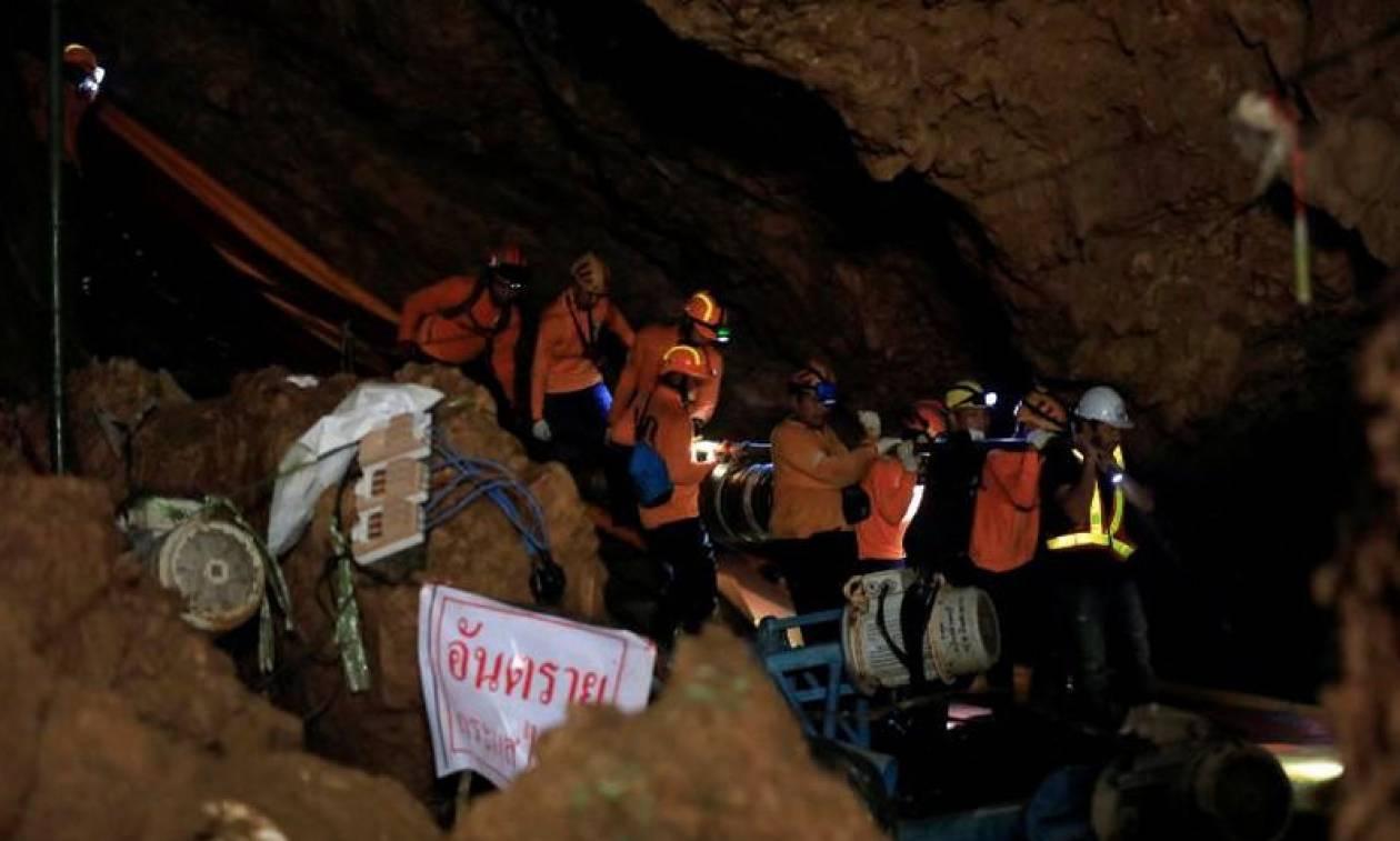 Τι είναι η νόσος των σπηλαίων από την οποία κινδυνεύουν οι «Αγριόχοιροι» της Ταϊλάνδης
