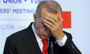 Νέο ιστορικό χαμηλό για την τουρκική λίρα