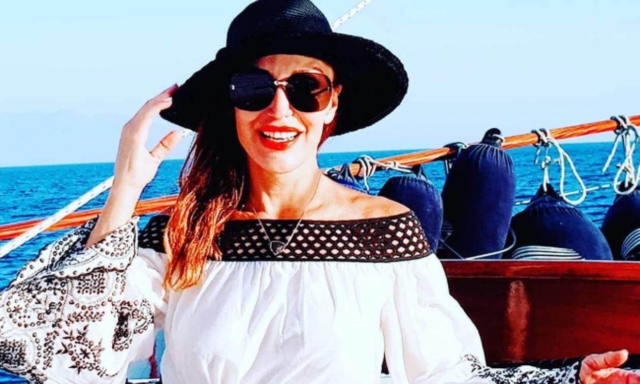 Βίκυ Χατζηβασιλείου: Το απόλυτο κορμί «έριξε» το instagram με την αρετουσάριστη φωτό της με μπικίνι
