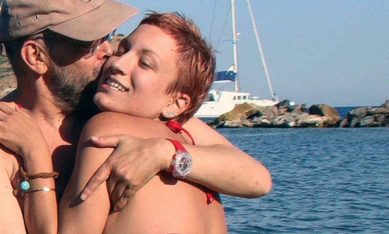 Μάνος Αντώναρος: Το συγκινητικό «αντίο» της πρώην συζύγου του - «Θα σε σκεφτόμαστε πάντα»