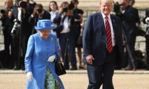 Η μεγάλη συνάντηση: Ο Donald Trump ήπιε τσάι με τη Βασίλισσα Ελισάβετ στο Κάστρο του Windsor
