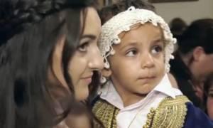 Κρήτη: Παραμυθένια βάφτιση που τίμησε όλες τις κρητικές παραδόσεις! (video)