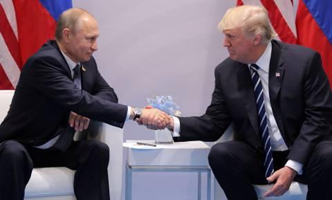 Οριστικό: Τη Δευτέρα η συνάντηση κορυφής Τραμπ-Πούτιν