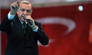 Τα πρώτα προεδρικά διατάγματα του Ερντογάν που τον καθιστούν «σουλτάνο»
