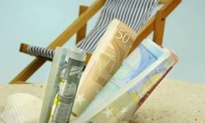 Καλοκαιρινή άδεια: Πόσο χρόνο δικαιούστε και πόσα χρήματα θα λάβετε