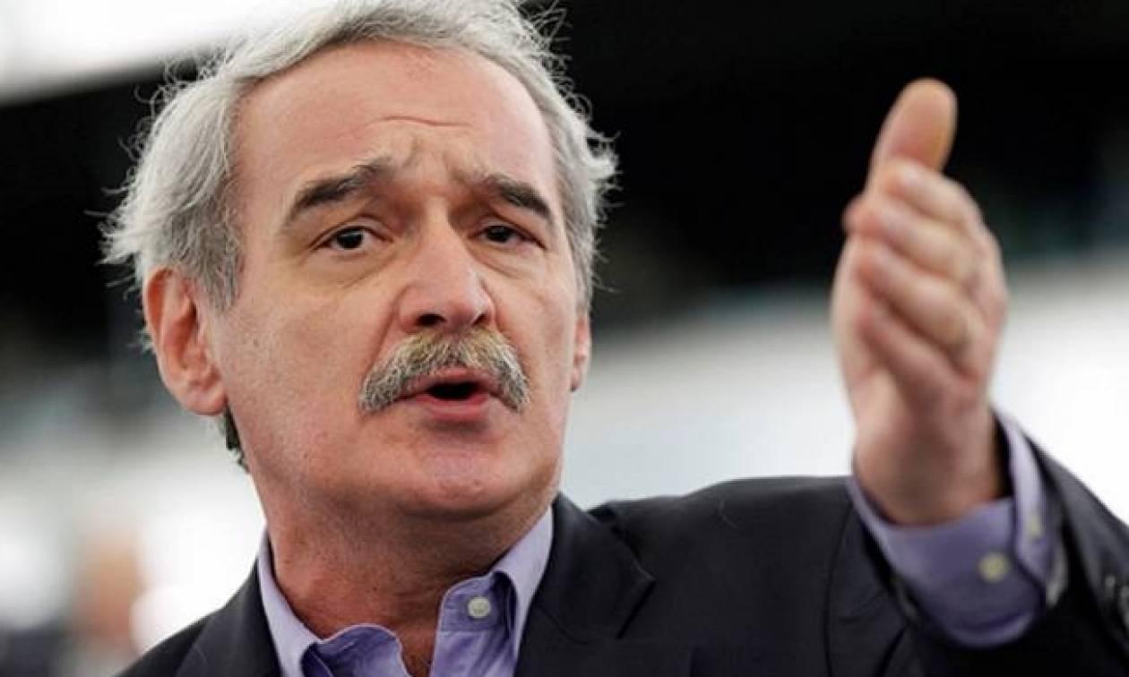 Εξηγήσεις από Ντράγκι ζητά ο Χουντής για τα ελληνικά ομόλογα