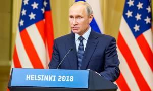Πούτιν: Θεωρίες συνωμοσίας τέλος! Οι φήμες για τους κρυφούς φακέλους του Τραμπ είναι παραλογισμός