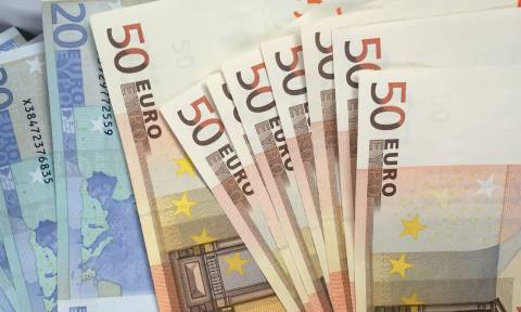 Εγκρίθηκε το ΚΕΑ: Πότε θα πιστωθούν τα χρήματα στους δικαιούχους
