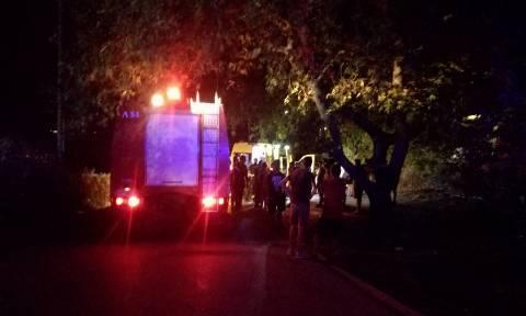 Συναγερμός στην Πυροσβεστική: 14χρονος έπεσε από ταράτσα κτηρίου στην Πολιτεία (pics)