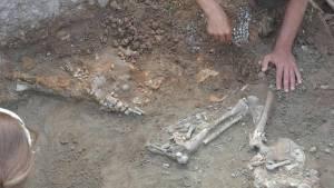 Βρέθηκαν σκελετοί από ανθρωποθυσίες στην Τουρκία (Pics)