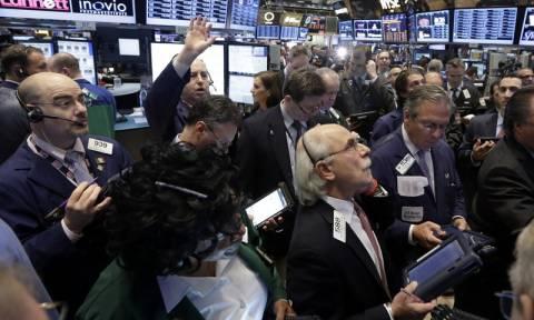 Κλείσιμο με άνοδο στη Wall Street - Ιστορικό ρεκόρ για τον Nasdaq