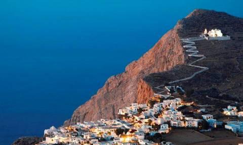 10 νησιά των Κυκλάδων που μπορούν να σε μαγέψουν