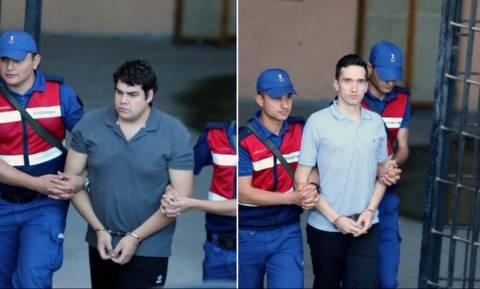 Ο Ερντογάν μπορεί να κρατήσει στη φυλακή έως και 5 χρόνια τους δύο Έλληνες στρατιωτικούς