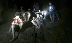 Ταϊλάνδη: Σκάβαμε με πέτρες τα τοιχώματα του σπηλαίου, φοβόμασταν ότι δε θα ξαναδούμε το φως