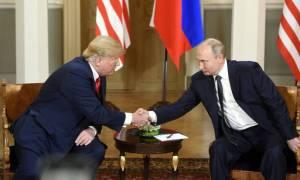 Πούτιν: «Κάποιοι στις ΗΠΑ θυσιάζουν τις ρωσο-αμερικανικές σχέσεις για κομματικά συμφέροντα»