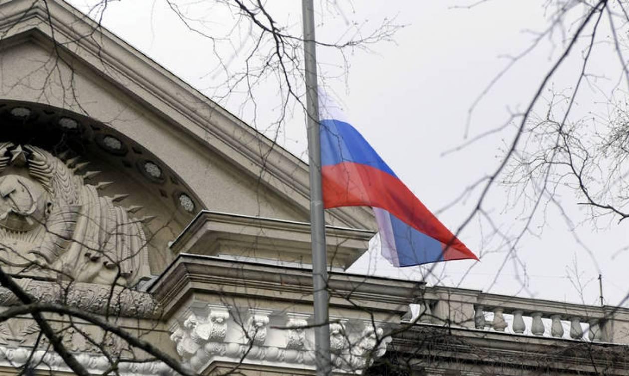 Στο ρωσικό ΥΠΕΞ ο Έλληνας πρέσβης - Ρίχνει τους τόνους η Μόσχα