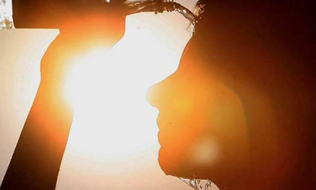 Καύσωνας: Πώς θα αποφύγετε τη θερμοπληξία