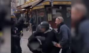 Απολύεται ο σωματοφύλακας του Μακρόν που είχε επιτεθεί σε γυναίκα και διαδηλωτή (vid)