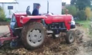 Πάρκαραν τα αυτοκίνητά τους σε χωράφι αγρότη! Δείτε τι τους έκανε και μην το επιχειρήσετε ποτέ (vid)