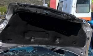 Λαμία: Απίστευτο τροχαίο! Έκανε δύο τούμπες στον αέρα και βγήκε αγρατζούνιστη από αυτό το αυτοκίνητο