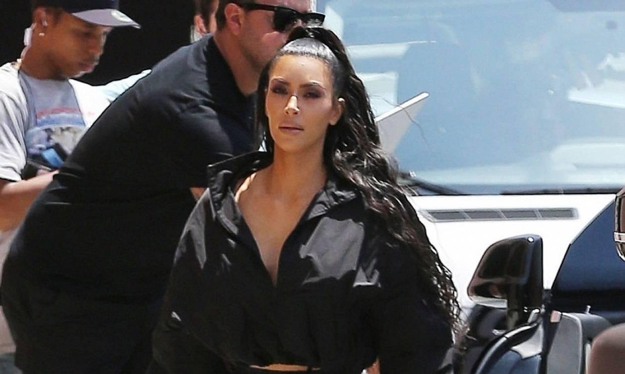Η Kim Kardashian μόλις φόρεσε τον πιο ντροπιαστικό συνδυασμό ever!
