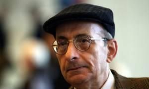 Μάνος Ελευθερίου: Η Ελλάδα θρηνεί για το θάνατο του σπουδαίου ποιητή, στιχουργού και πεζογράφου