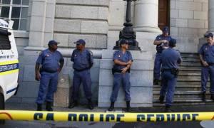 Ενέδρα δολοφονίας σε οδηγούς ταξί που γύριζαν από κηδεία: 11 νεκροί