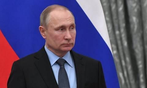 Путин предложил помощь Греции в тушении пожаров и выразил соболезнования в связи с гибелью людей