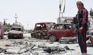 Πακιστάν: Τουλάχιστον 30 νεκροί σε επίθεση αυτοκτονίας με την υπογραφή ISIS