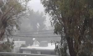 Άνοιξαν οι ουρανοί - Ισχυρή καταιγίδα στην Αθήνα - Έκτακτο δελτίο της ΕΜΥ