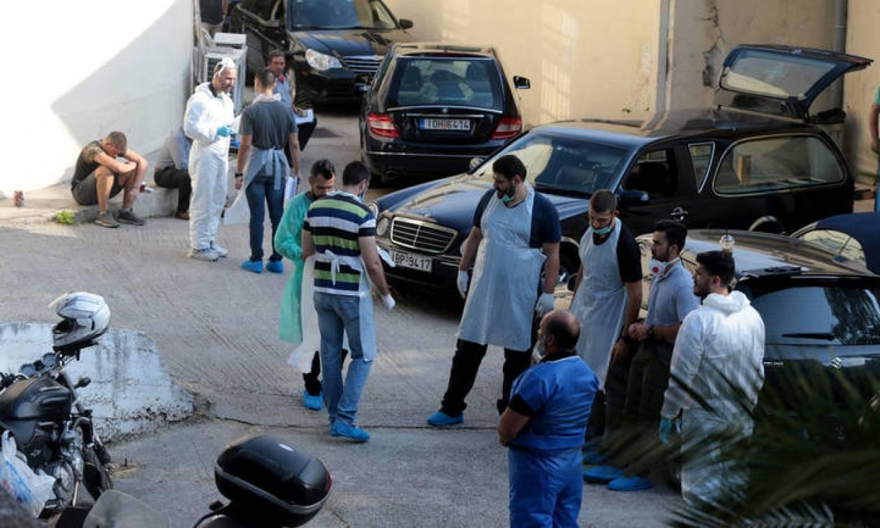 Σκηνές αρχαίας τραγωδίας στο νεκροτομείο Αθηνών: Συγγενείς αναζητούν τους δικούς τους ανθρώπους