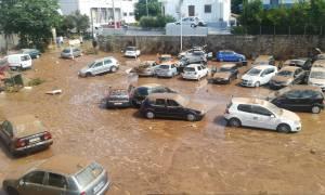 Καραμέρος: Δεν θα είχαμε πρόβλημα στο Μαρούσι αν δεν υπήρχαν οι χώροι στάθμευσης πάνω στο ρέμα