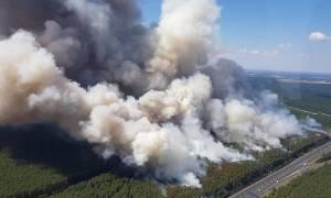 «Κόλαση» φωτιάς και καύσωνα «κυκλώνει» την Ευρώπη