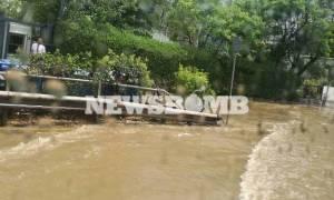 Καιρός ΤΩΡΑ: Πλημμύρισε η Κηφισίας – Ποτάμια οι δρόμοι στο Χαλάνδρι (pics)