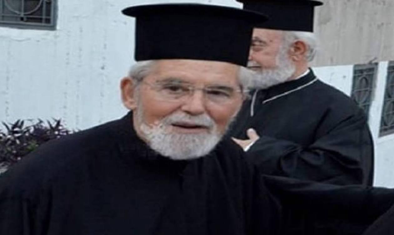 Φωτιά Αττική: Οδύνη και σπαραγμός στην κηδεία του ιερέα που βρήκε τραγικό θάνατο στο Μάτι