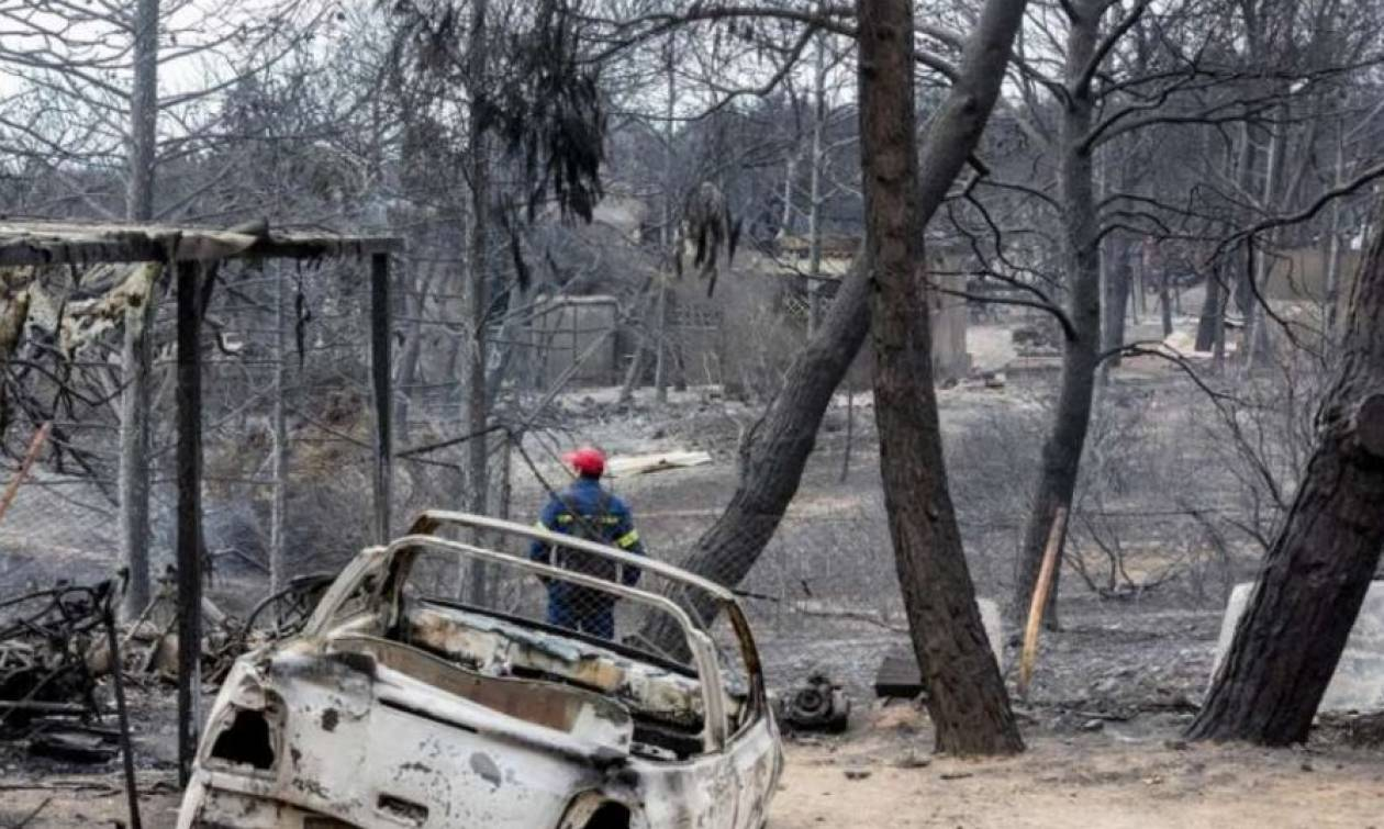 ΔΕΔΔΗΕ: Επανασύνδεση ρεύματος σε όλα τα σπίτια που επλήγησαν από τη φωτιά
