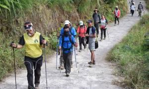 Ινδονησία: Αίσιο τέλος στην περιπέτεια 500 τουριστών που είχαν εγκλωβιστεί μετά τον ισχυρό σεισμό