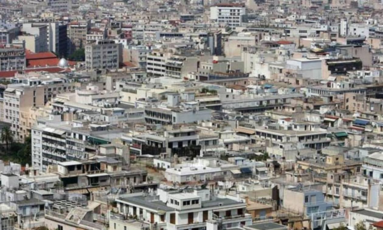«Πόλεμος» ΣΥΡΙΖΑ – ΝΔ για τις κατεδαφίσεις αυθαιρέτων