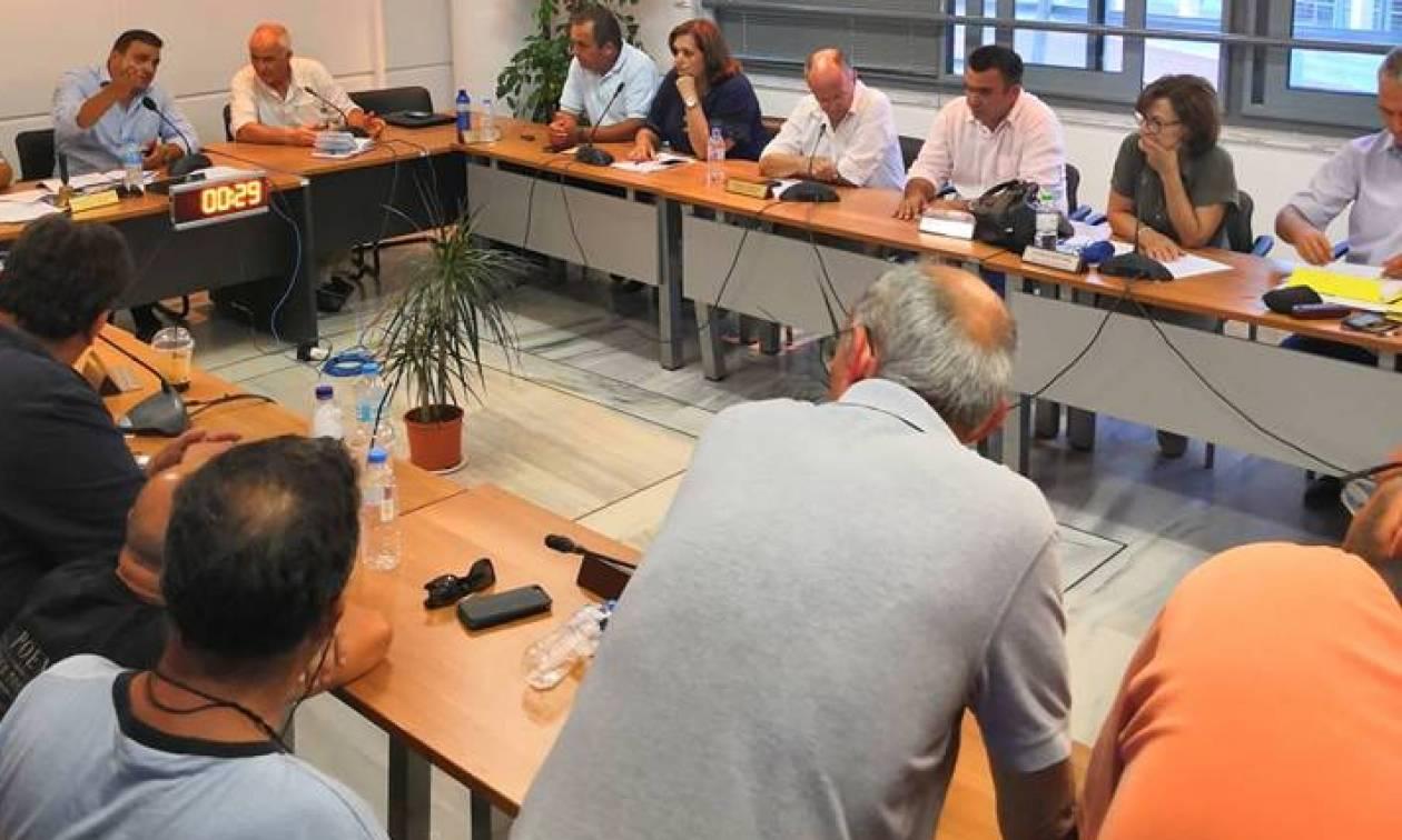 Οργή και αγανάκτηση: Παραίτηση Ψινάκη ζητά το Δημοτικό συμβούλιο Μαραθώνα