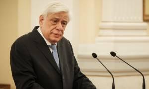 Παυλόπουλος: Η σκέψη μας μένει προσηλωμένη στη μνήμη όσων χάθηκαν στην πυρκαγιά