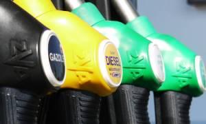 Πάνω από τα 2 ευρώ η βενζίνη σε πολλές παραθεριστικές περιοχές