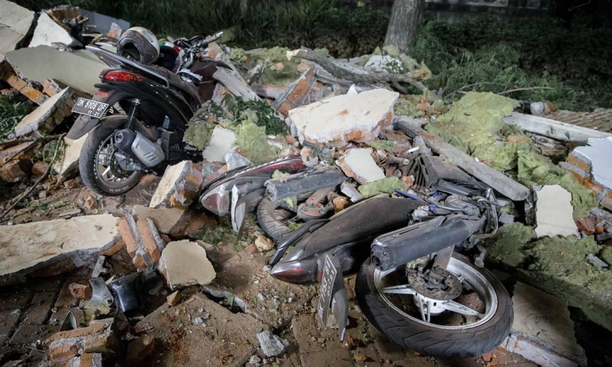 Ινδονησία Σεισμός: Θρήνος κάτω από τα χαλάσματα - Στους 98 οι νεκροί – Φόβοι για εκατόμβη νεκρών