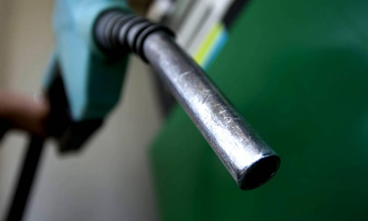 Επιβολή πλαφόν στην τιμή των καυσίμων