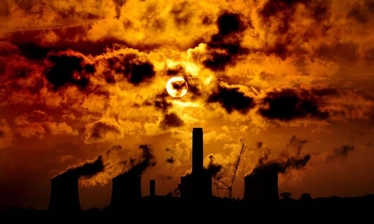 SOS από επιστήμονες: Ίσως απέχουμε 1-2 βαθμούς από την καταστροφή της ανθρωπότητας