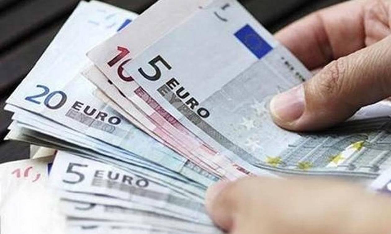 ΟΑΕΔ: Είσαι άνεργος; Δες αν δικαιούσαι το νέο επίδομα 360 ευρώ
